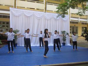 Le collège organise un concours de chant (10)
