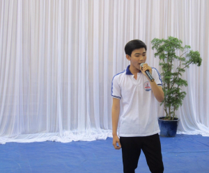 Le collège organise un concours de chant (4)