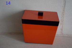 14. Petite boite orange (13€)