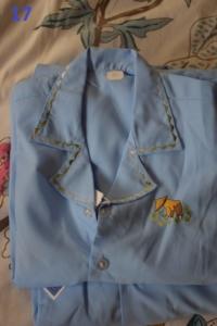 17. Pyjama bleu 2 ans (8€)
