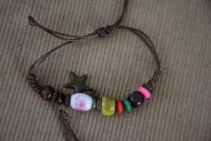 36. Bracelets cordes (1) (5€)