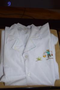 09. Pyjama blanc 10 ans (10€)