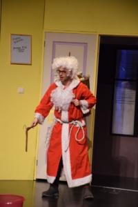 Théâtre « TRAC n'Art » Le Père Noël est une ordure (8)